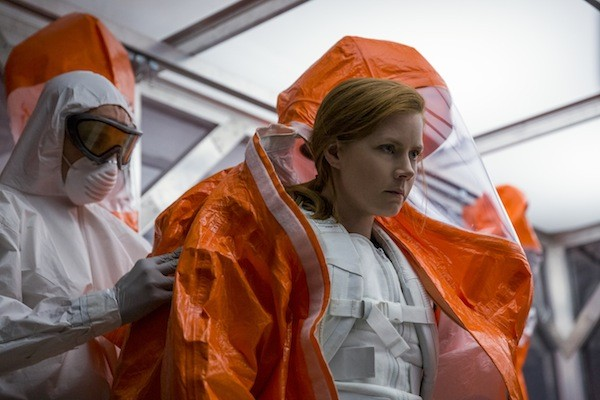 Amy Adams in Arrival (Photo: Paramount)
