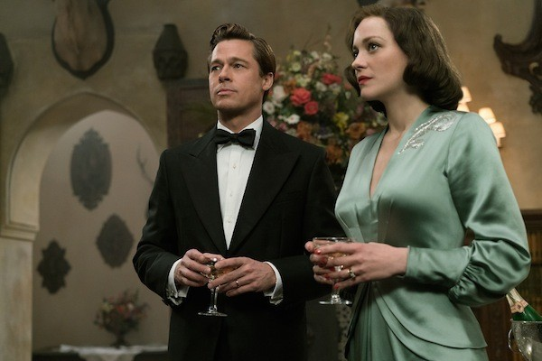 Brad Pitt and Marion Cotillard in Allied (Photo: Paramount)