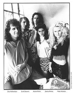 Late-'80s Capitol Records promo shot of Fetchin Bones