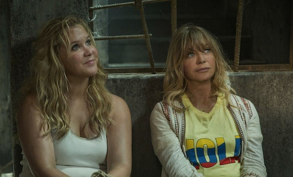 Amy Schumer and Goldie Hawn in Snatched (Photo: Fox)