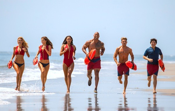 The girls and boys of summer in Baywatch (Photo: Paramount)