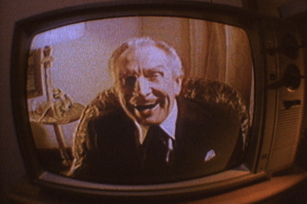 Vincent Price in Escapes (Photo: Intervision)