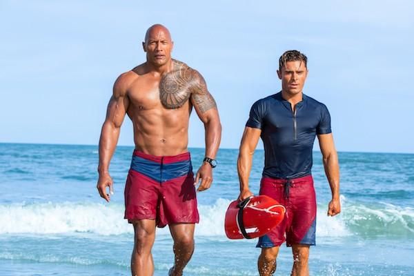 Dwayne Johnson and Zac Efron in Baywatch (Photo: Paramount)