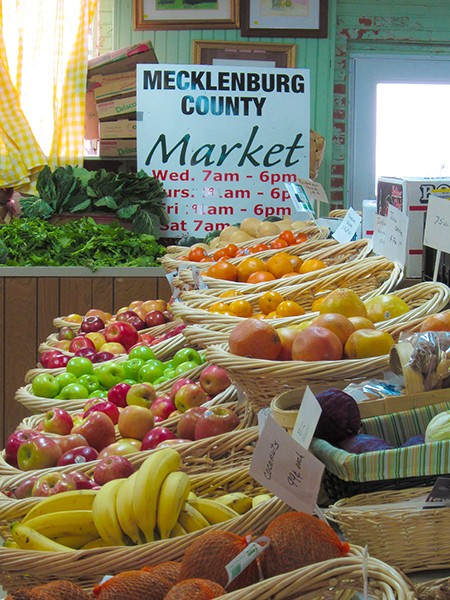 Dale McLaughlin Produce at Mecklenburg County Market.