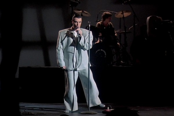 David Byrne in Stop Making Sense (Photo: Cinecom)