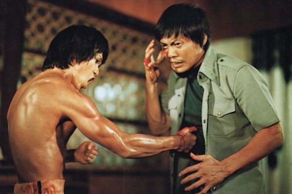 Bruce Le and Lieh Lo in Bruce's Deadly Fingers (Photo: VCI)