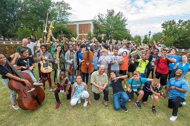 jazzartscharlotte_summer_camp_2019_900x600.jpg