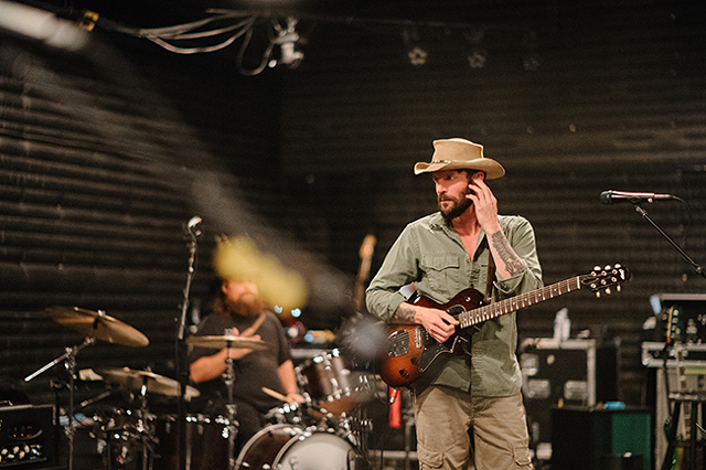 Ray Lamontagne (Photo by Reid Long)