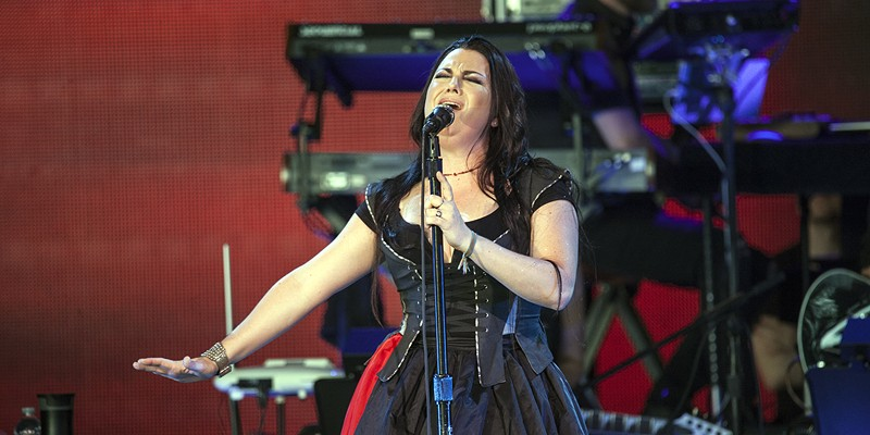 Evanescence, Lindsey Stirling bring new energy to PNC Music Pavilion