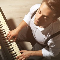 10 Reasons to Play the Piano