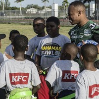 Charlotte 49ers Players Lead Youth Football Clinic Prior to Bahamas Bowl (2)