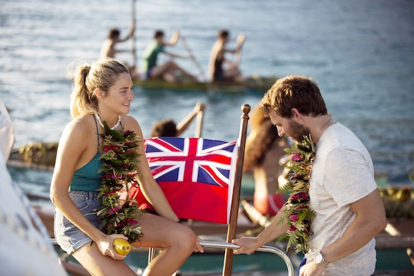 Shailene Woodley and Sam Claflin in Adrift (Photo: Universal)
