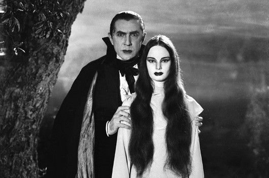 Bela Lugosi and Carol Borland in Mark of the Vampire (Photo: Warner)
