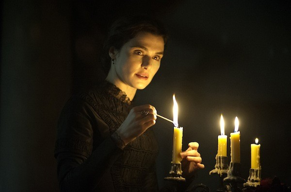 Rachel Weisz in My Cousin Rachel (Photo: Fox Searchlight)