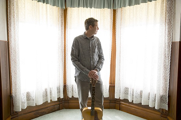 Robbie Fulks. (Photo by Andy Goodwin)