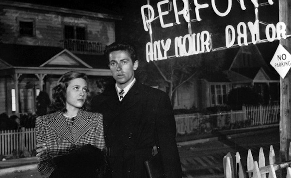 Cathy O'Donnell and Farley Granger in They Live By Night (Photo: Criterion)