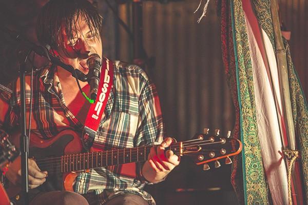 Dylan Gilbert gets intense. (Photo by Shane Sanders)