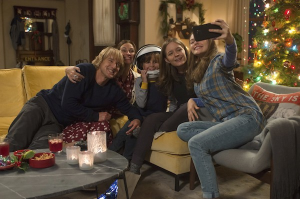 Owen Wilson, Julia Roberts, Jacob Tremblay, Izabela Vidovic and Danielle Rose Russell in Wonder (Photo: Lionsgate)