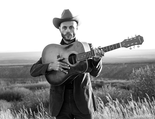 Charley Crockett Brings His Own Wild Frontier To Moo Brew