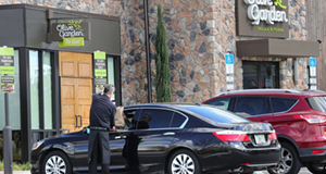 Olive Garden, LongHorn Steakhouse and More Open for Curbside To Go and Delivery