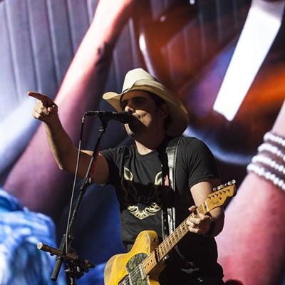 Brad Paisley, PNC Music Pavilion, 9/8/2017