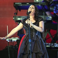 Evanescence, Lindsey Stirling bring new energy to PNC Music Pavilion