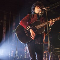 LP commands attention at Underground concert