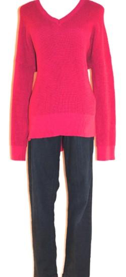 ed68cc79_tommy_sweater.jpg