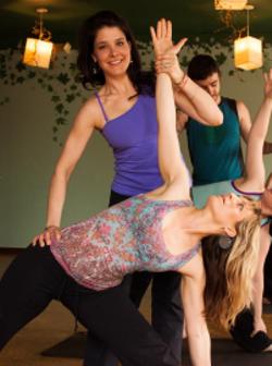 3b39ec98_kellie_yoga_instructor.png