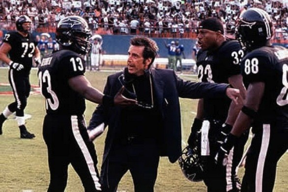UNSPORTSMANLIKE CONDUCT: Any Given Sunday, with Jamie Foxx, Al Pacino and LL Cool J (second from right), is full of narrative fumbles. (Photo: Warner)