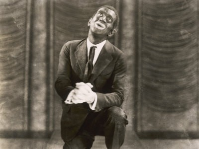Al Jolson singing My Mammy in The Jazz Singer in 1927