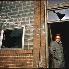 Algren in 1958, in the ruins of a bar at Bosworth and Wabansia that became the Tug & Maul in The Man With the Golden Arm