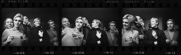 Andy Warhol, Edie Sedgwick, and entourage, New York 1965, by Steve Schapiro - COURTESY ED PASCHKE ART CENTER AND STEVE SCHAPIRO