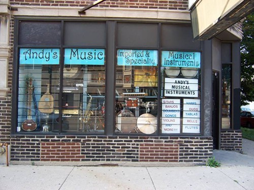 Andys Music, soon to be Worlds of Music Chicago