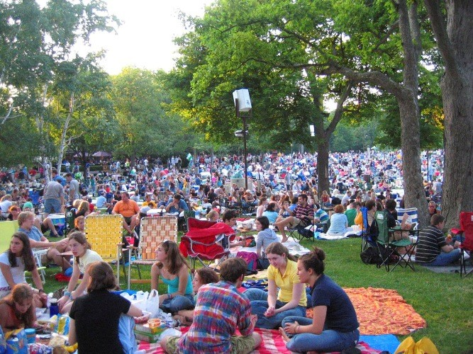 Best Lawn Seat At Ravinia Best Of Chicago 2010 Arts Entertainment Chicago Reader