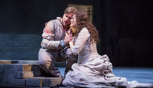 Brian Jagde as Mario Cavaradossi and Tatiana Serjan as Tosca in Lyric Operas production of Puccinis Tosca