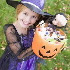 Chicago is the third best city for trick-or-treating