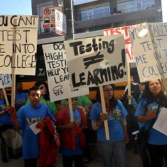 Chicago parents and teachers unite against standardized testing