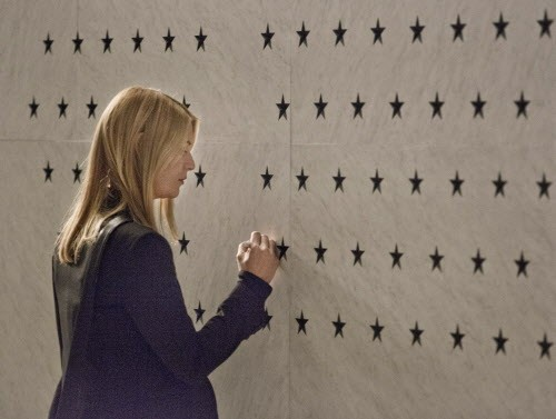 Claire Danes as Carrie Mathison in Showtimes Homeland