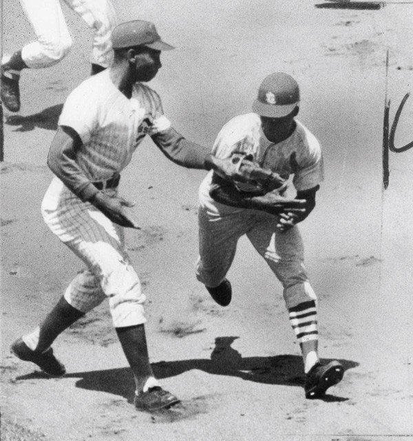 Cub Ernie Banks tags out Cardinal Lou Brock in July 1965. - SUN-TIMES PRINT COLLECTION