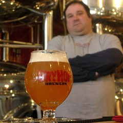 DryHop brewer Brant Dubovick and a glass of the Moritat collaboration High Plus Tight