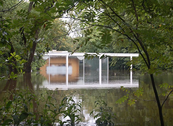 Farnsworth House during a flood in 2008 - COURTESY FARNSWORTH HOUSE