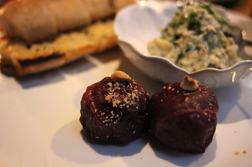Garlic bread with crab dip, radicchio arancini