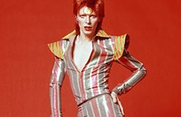 <i>Reader</i>'s Agenda Tue 9/23: Bowie Day, Joe Swanberg, and Whirr
