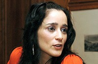 Julieta Venegas keeps it poppy