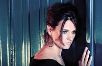 Madeleine Peyroux tiptoes around the legacy of Ray Charles