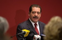 In releasing squishy financial plan, Jesus 'Chuy' Garcia looks almost mayoral