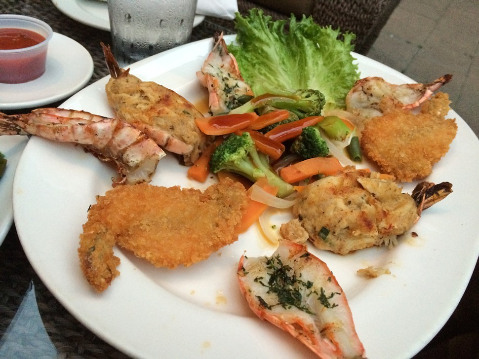 Mixed shrimp, Cys King Crab Oyster Bar & Grill