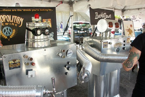 No Chicagoland beer festival is complete without a visit to the Metropolitan droids.