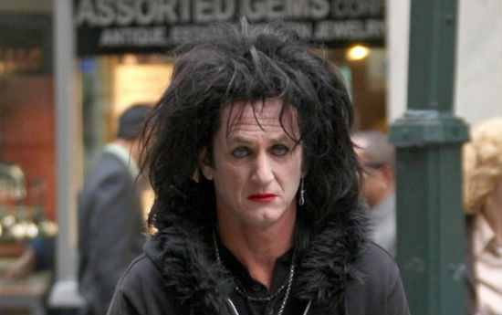 No, Robert Smith hasn't been working out--thats Sean Penn in This Must Be the Place